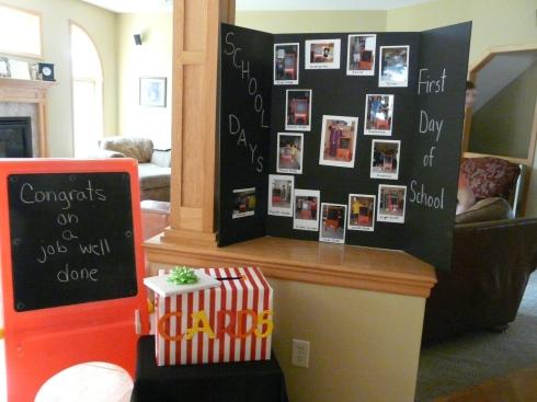 school picture display